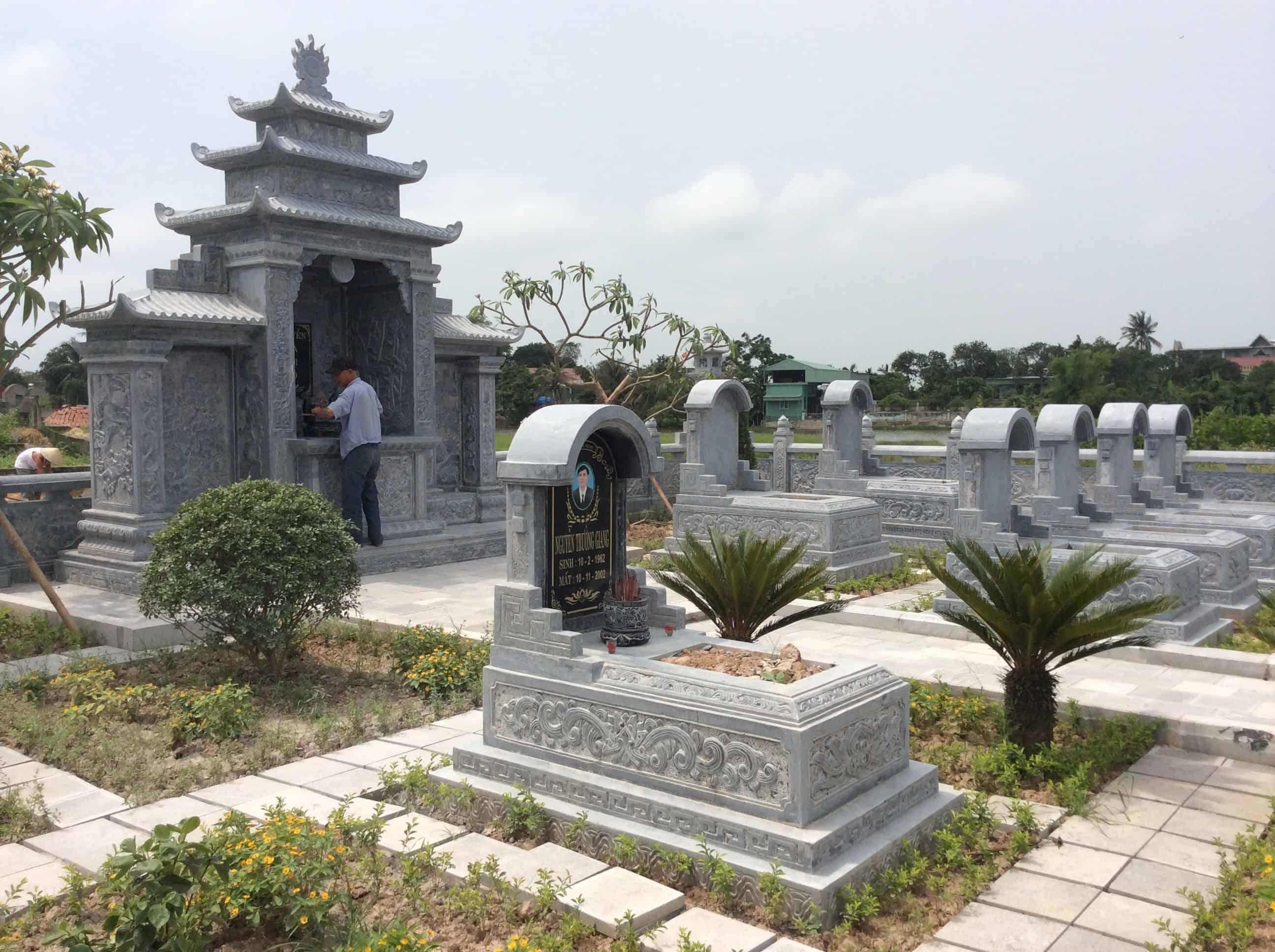 mộ đá nguyên khối