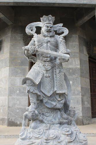 tượng đá tứ đại thiên vương