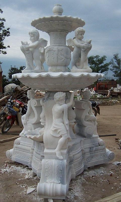 đài phun nước đẹp làm bằng đá trắng