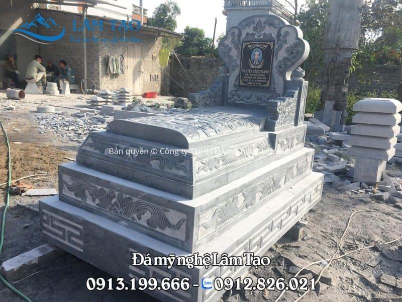 Mẫu mộ đá tam sơn đẹp bằng đá xanh Thanh Hóa kích thước 81x127cm thi công và chế tác bởi Công ty TNHH Đá mỹ nghệ Lâm Tạo