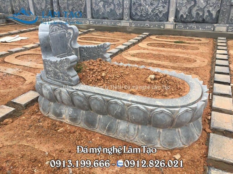 Công trình Mộ đá Tam Sơn đẹp được Đá mỹ nghệ Lâm Tạo lắp tại khu lăng mộ đá cao cấp tỉnh Nghệ An là sự phối kết hợp với thiết kế của mộ tròn tạo nên sự khác lạ hiếm có.