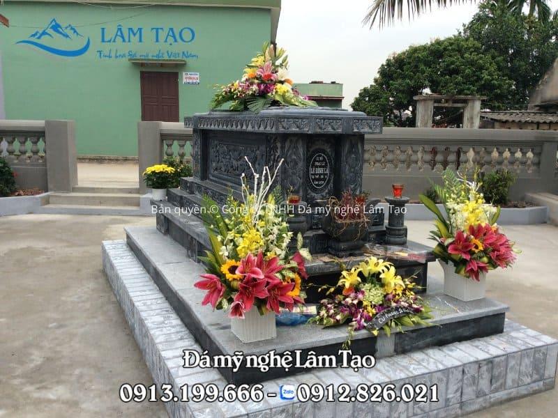 Ngôi mộ công giáo đẹp được Đá mỹ nghệ Lâm Tạo thiết kế và thi công trong vòng 30 ngày và lắp đặt hoàn thiện cho nhà anh Thiện tại Nam Định
