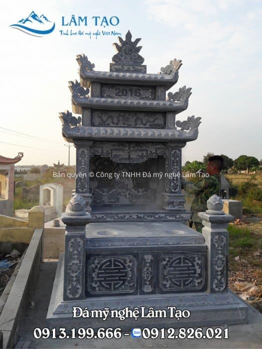Mẫu mộ đôi 3 mái rất cao, to và bế thế bằng đá xanh tự nhiên