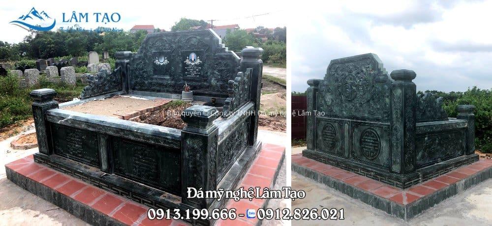 Mẫu mộ đôi bằng đá xanh rêu cao cấp, chạm khắc hoa văn đẹp tinh sảo, thiết kế trang trọng