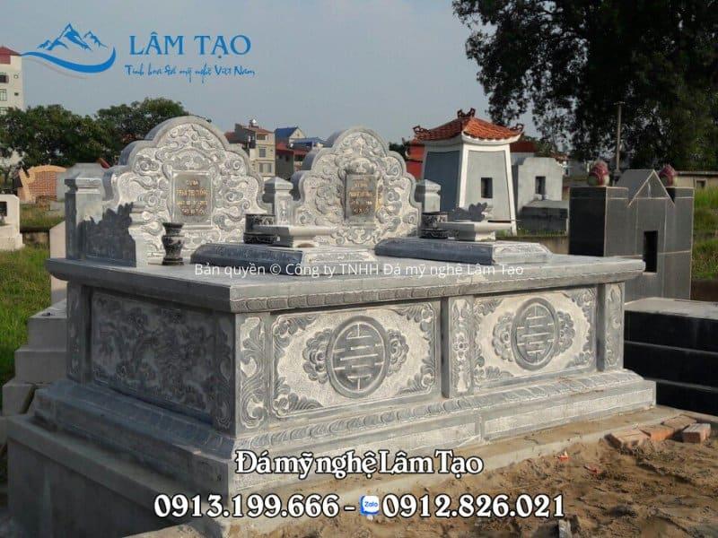 Mẫu mộ đôi đẹp bằng đá xanh tự nhiên Thanh Hóa, chạm khắc hoa văn đơn giản thanh thoát, sắc nét