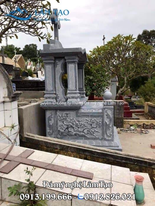giá mộ đá công giáo nguyên khối