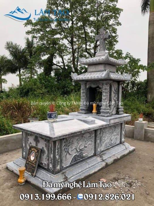 mộ đá công giáo nguyên khối