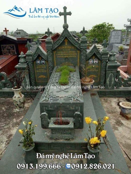 Mẫu mộ công giáo đẹp bằng đá xanh rêu cao cấp