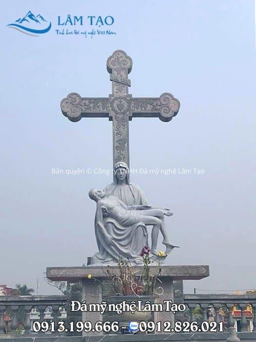 Mộ công giáo làm bằng đá xanh Thanh Hóa