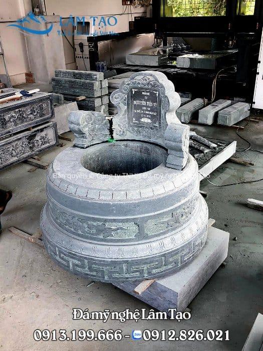 Mộ đá tròn nguyên khối