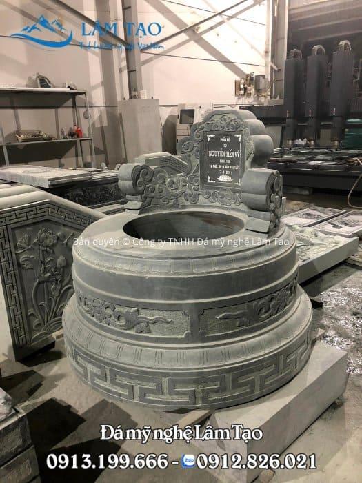 Mẫu mộ tròn bằng đá xanh rêu cao cấp